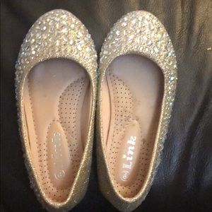 Gently worn gold sparkle ballet flat
